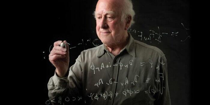Питер Хиггс – реинкарнация Исаака Ньютона?